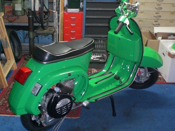 vespa pk grün 001