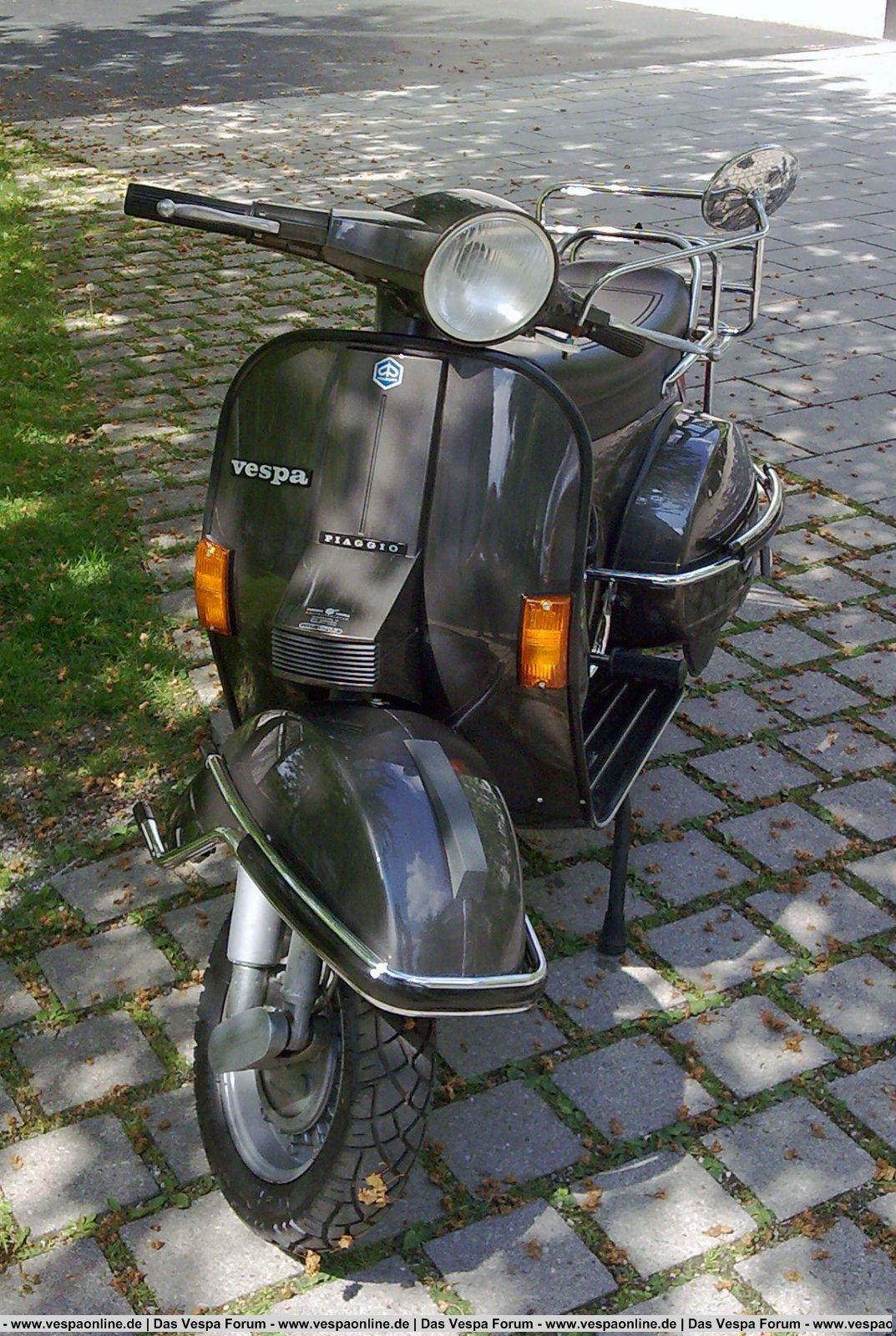 Vespa PX80 Lusso v.jpg