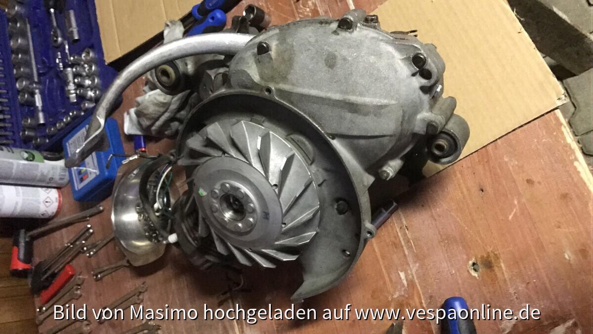 Motor Ausgebaut undicht