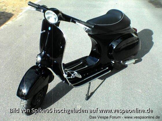 BlackVespa3.JPG