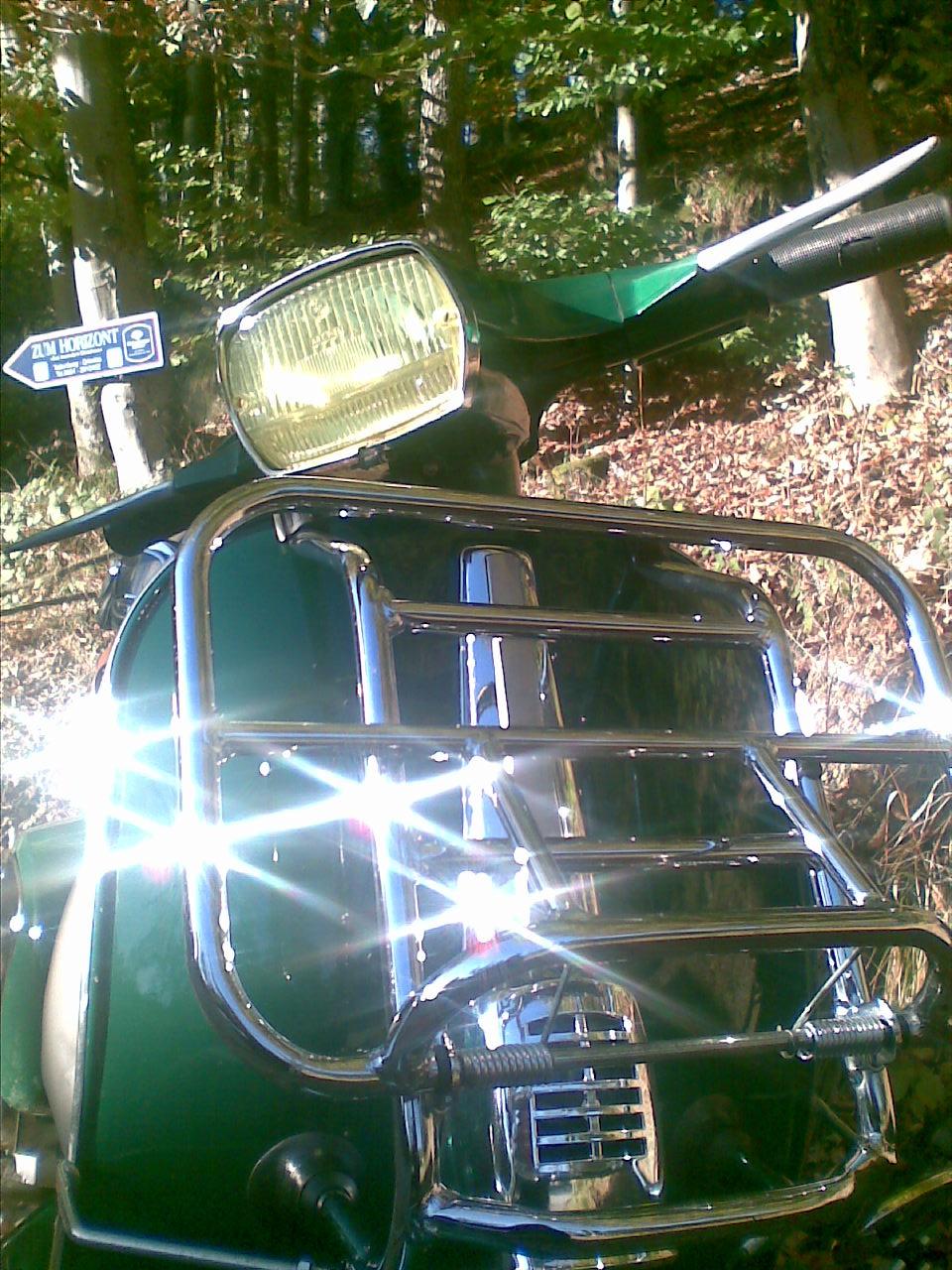 green vespa okt2010