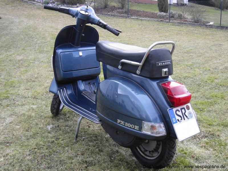 Vespa PX200E