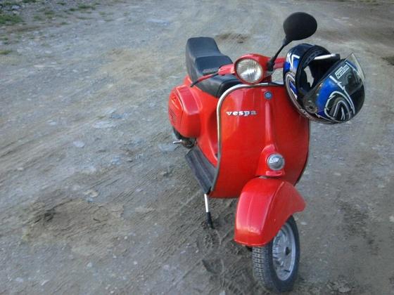 Vespa R